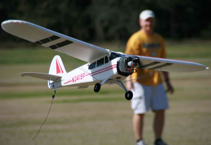 flying an electric craft