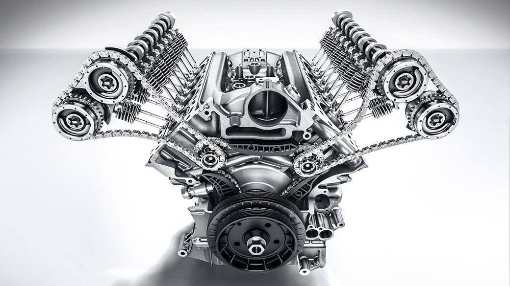 clean engine, Mercedes V8, sports car engine